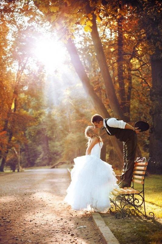 Creative-Wedding-Poses